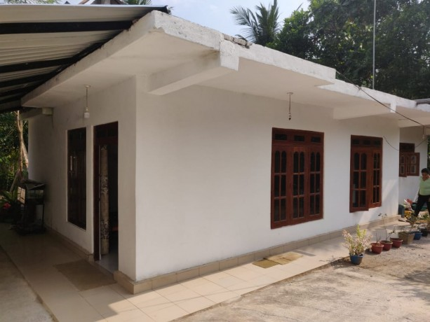 house-for-sale-in-homagama-big-2