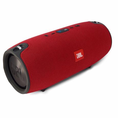 jbl-xtreme-portable-speaker-big-1