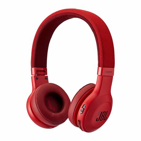 jbl-wireless-over-ear-head-phone-big-1
