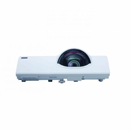 maxell-projector-mc-cx301e-big-2